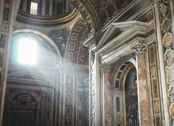 6 budowli sakralnych, które oczarują miłośników historii